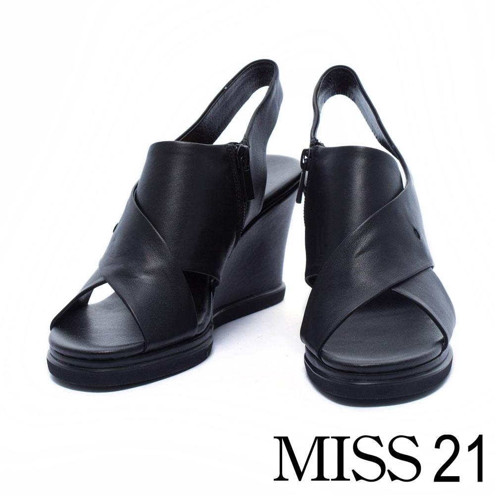 涼鞋 MISS 21 質感簡約鏤空交織牛皮楔型涼鞋-黑