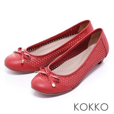 KOKKO舒壓透氣 - 優雅蝴蝶結打洞真皮平底鞋 -紅