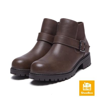 鞋櫃ShoeBox-短靴-工程款踝帶方釦平底踝靴-咖啡