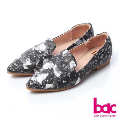 bac印花小時代-復古印花尖頭美足平底鞋