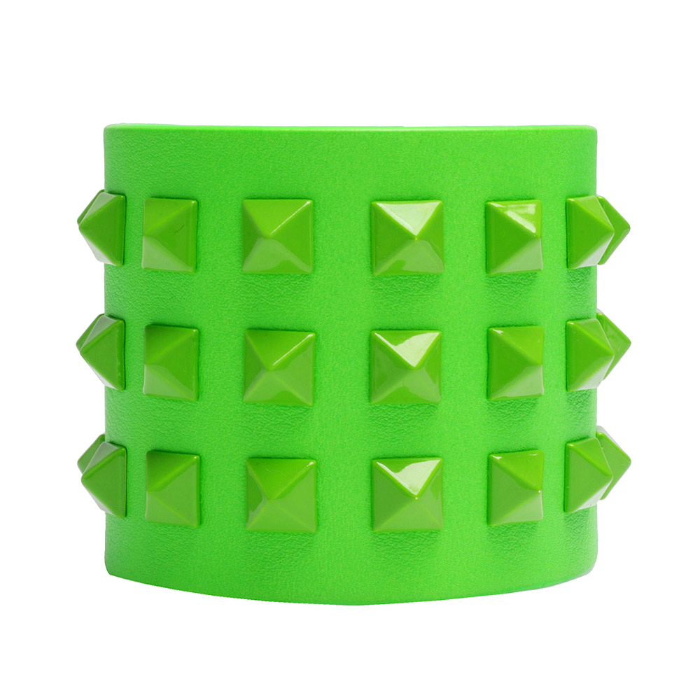 VALENTINO 經典Rockstud系列小牛皮鉚釘造型寬版手環(螢光綠)