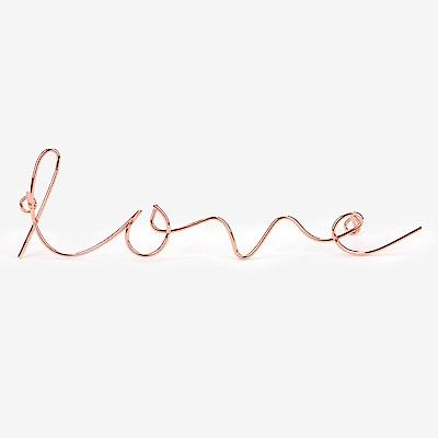 Dailylike 玫瑰金字母造型壁面掛鉤-04 Love