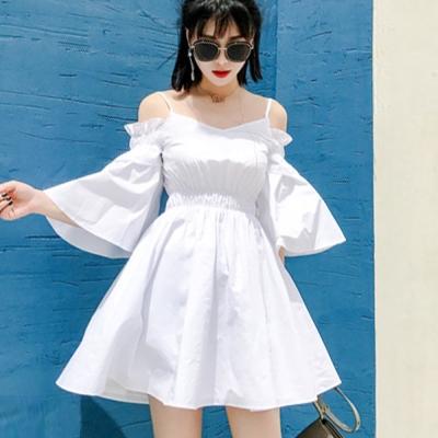 露肩細肩帶喇叭袖收腰洋裝(白色)-Kugi Girl