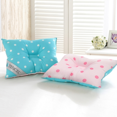 精靈工廠 頂級天絲雙色點點兒童人體工學保護枕-藍+粉