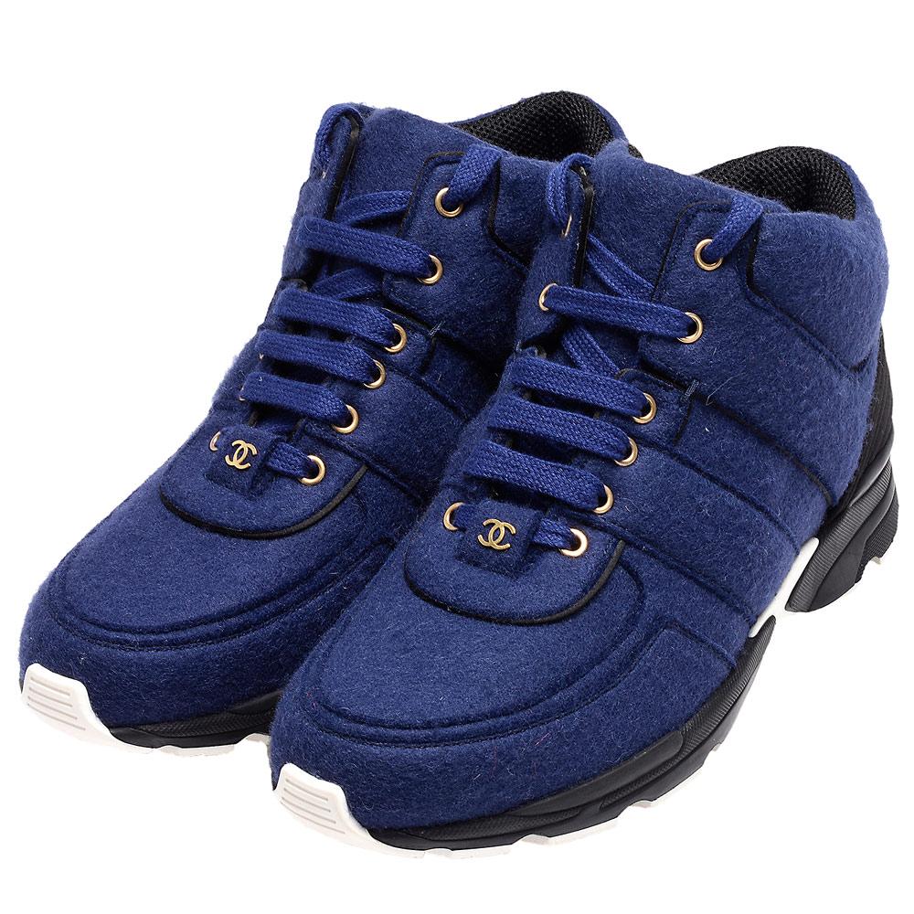 CHANEL 雙C LOGO軟呢面料綁袋高筒球鞋(海軍藍)