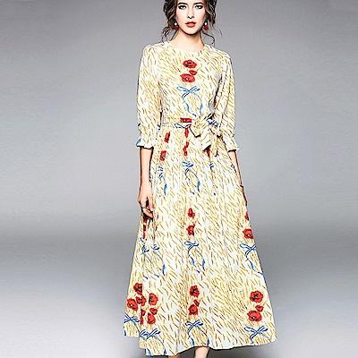 ABELLA 艾貝拉 滿版稻穗紅花荷葉中袖綁帶長裙洋裝(S-2XL)