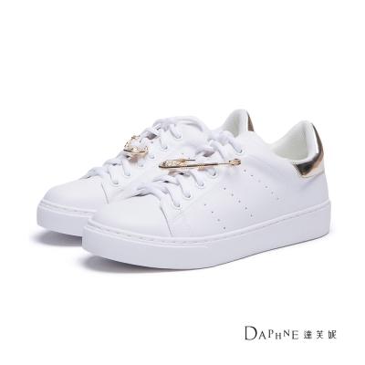 達芙妮DAPHNE-休閒鞋-純白基本款金色別針球鞋-金8H