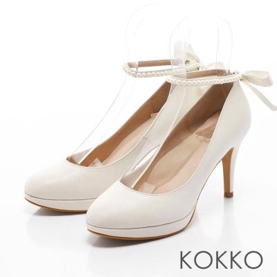 KOKKO-古典漫舞曲珍珠繫帶舒壓高跟鞋-白色