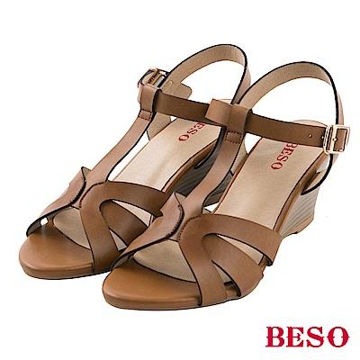 BESO清夏涼感 立體層次T帶編織楔型涼鞋~卡其