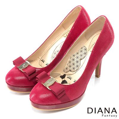 DIANA-超厚切LADY款-金屬蝴蝶結米格紋真皮跟鞋-紅