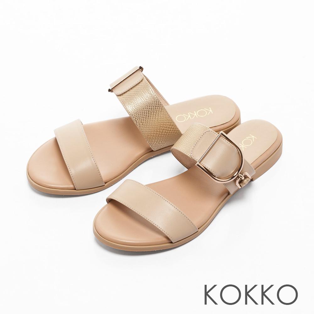 KOKKO-夏日邂逅異材質金屬扣平底拖鞋-淡雅米