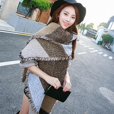 Seoul-Show-幾何格子仿羊絨大圍巾披肩-卡其