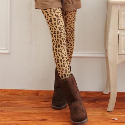 I-shi 雜誌100%-豹紋款內搭印花襪(咖啡)