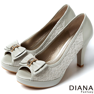 DIANA 現代潮流--浪漫蕾絲蝴蝶結魚口跟鞋-灰