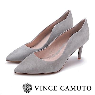 Vince Camuto 曲線素面性感高跟鞋-絨灰