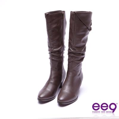 ee9 高雅氣質金屬扣環抓皺繫帶素面粗跟長筒靴 咖色