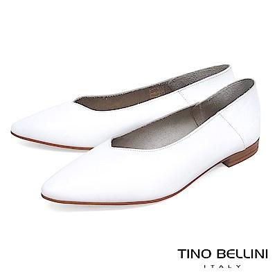 Tino Bellini 義大利進口V型深楦平底包鞋_ 白