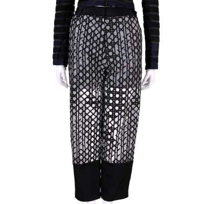 3.1 Phillip Lim 黑色織紋拼接設計透膚九分褲