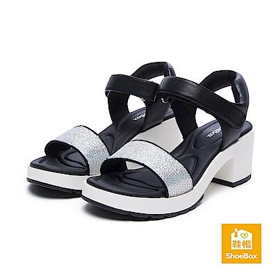達芙妮DAPHNE ShoeBox系列 涼鞋-亮片一字帶魔鬼氈高跟涼鞋-銀