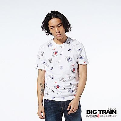 BIG TRAIN 郵戳滿版印花短袖圓領-男-白色