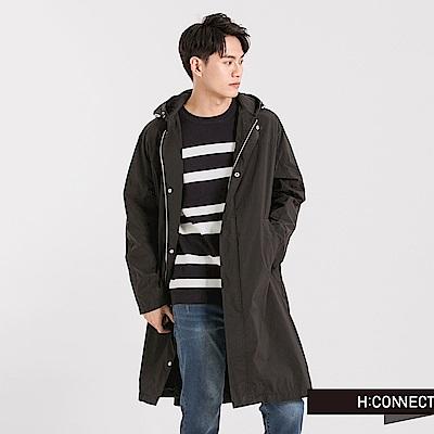 H:CONNECT 韓國品牌 男裝 - 背印字風衣長外套-黑