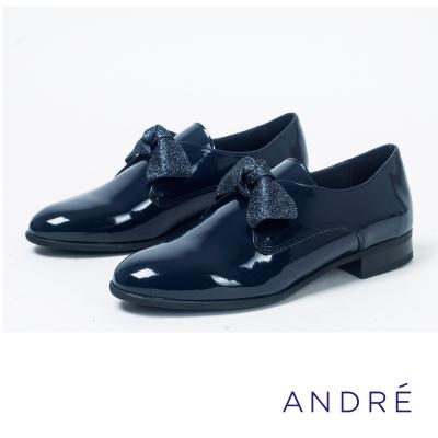 ANDRE-蝴蝶結漆皮牛津平底鞋-學院藍