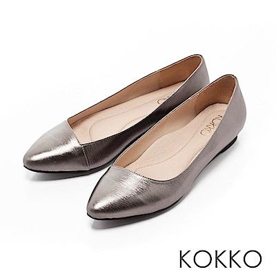 KOKKO - 大城小愛真皮尖頭斜口平底鞋-動心銀