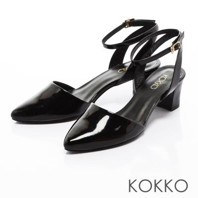 KOKKO-尖頭素面後空真皮繫踝粗跟鞋 - 黑色