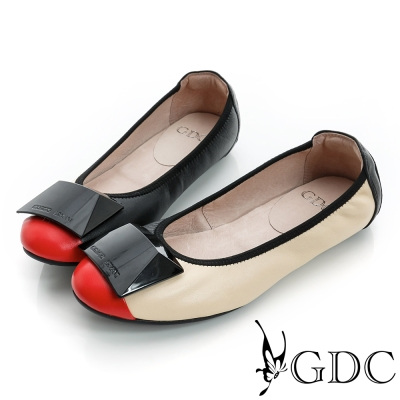 GDC百搭-方形飾扣勾邊撞色真皮平底娃娃鞋-黑色