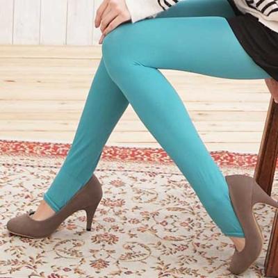 I-shi 時尚單色-雜誌必搭款踩腳襪(珊瑚綠)
