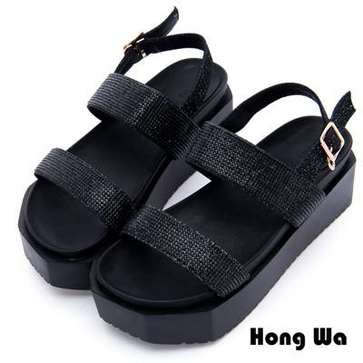 Hong Wa - 金屬科技感流行交叉帶拖鞋 - 黑