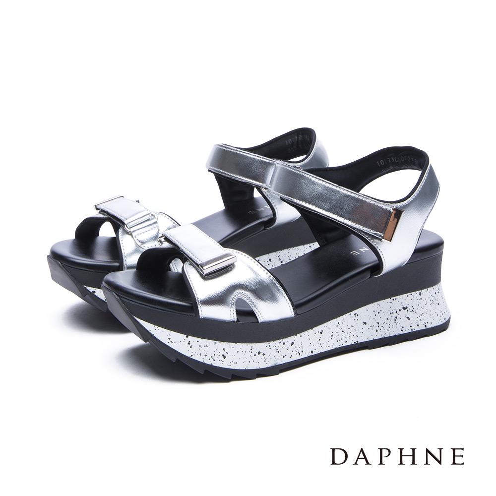 達芙妮DAPHNE涼鞋-魔鬼氈撞色潑墨厚底涼鞋-銀