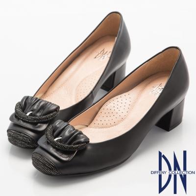 DN-都會優雅-全真皮素面簡約飾扣低跟鞋-黑