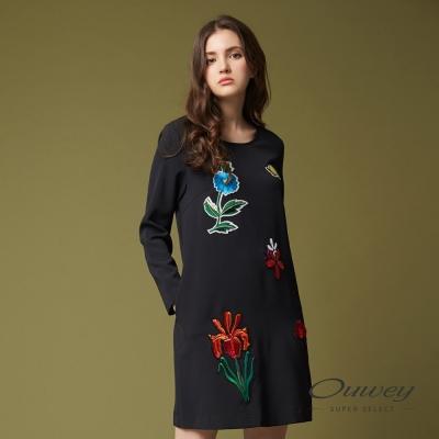 OUWEY歐薇 時尚花卉貼布刺繡洋裝(黑)