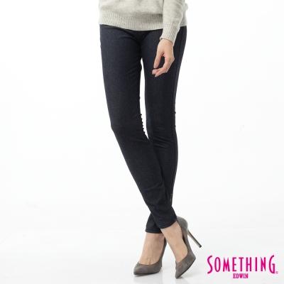 SOMETHING 窄直筒 LADIVA合身牛仔褲-女-原藍色