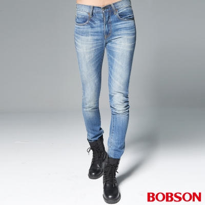 """BOBSON 男款1971""""日本進口黑標""""淺藍刷白直筒褲"""