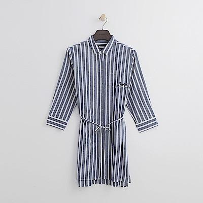 Hang Ten - 女裝 - 條紋腰綁帶長版襯衫-灰藍色
