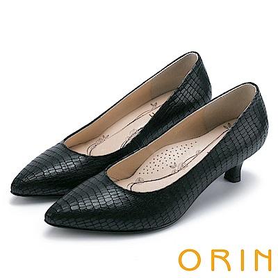 ORIN 典雅輕熟OL 壓紋牛皮素面百搭尖頭跟鞋-黑色