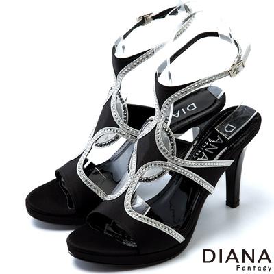 DIANA-異國精品-側邊簍空性感水鑽涼跟鞋-黑