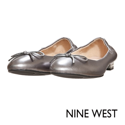 NINE-WEST-圓頭芭蕾舞鞋平底鞋-沉穩銀灰