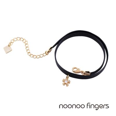 Noonoo Fingers Mooar Mini Blossom 迷你盛開的花水鑽 頸鍊