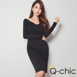 裸肩寬V領上衣+窄裙洋裝組 (共二色)-Q-chic