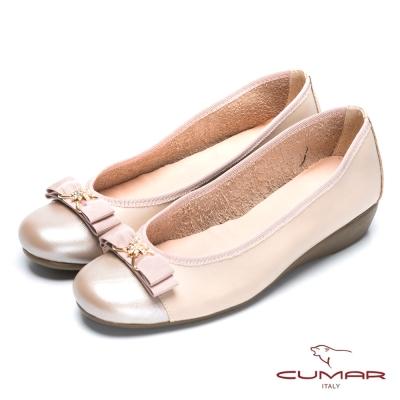 CUMAR氣質美人 珍珠水鑽裝飾真皮厚底鞋-粉膚色
