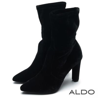 ALDO 特務迷情黑色紡織靴面粗高跟短靴~尊爵黑色