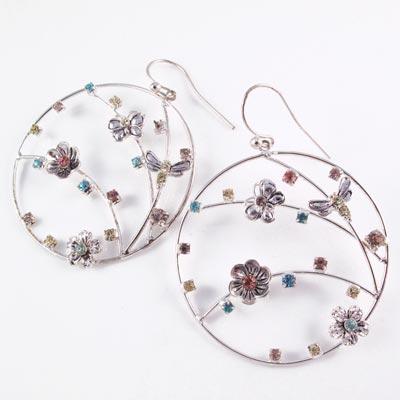 KOURIN花園系列-蜻蛉蝶舞彩鑽花園圈型耳環(銀4cm)
