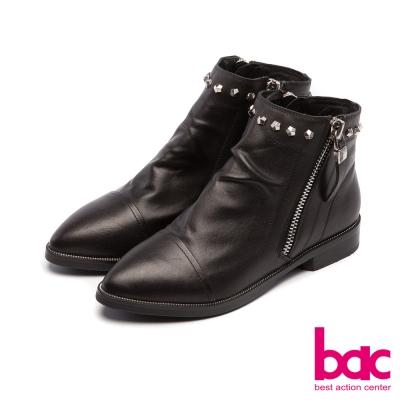 bac新世代龐克尖頭側拉鍊鉚釘裝飾皺感短靴黑