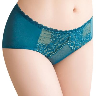 思薇爾 迷情魅影系列M-XXL蕾絲中腰三角內褲(風靡綠)
