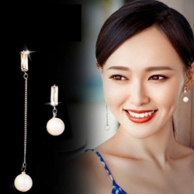 梨花HaNA-韓國925銀針細緻水晶一字不對襯耳環8H急速配