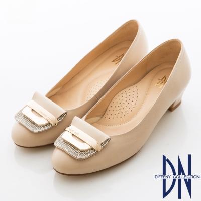 DN 柔軟減壓 羊皮鑽飾優雅百搭跟鞋 可可