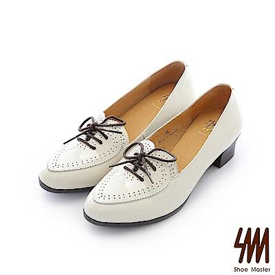 SM-台灣全真皮-心形鏡面牛皮中低粗跟樂福鞋-米白